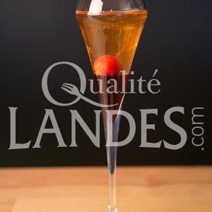 Recette Cocktail Floc de Gascogne, pomme et hibiscus