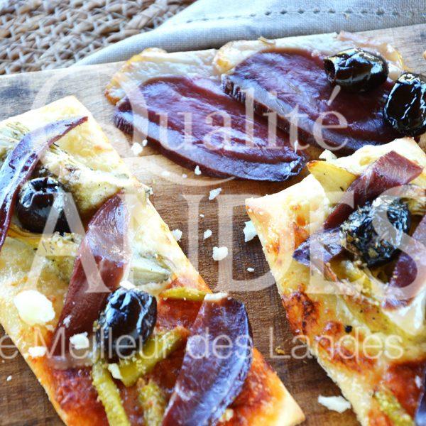 7B424-Pizza au magret de canard fermier des Landes séché ©Qualité Landes (2)